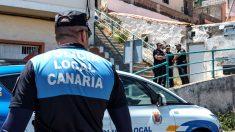 Policías en el lugar de la explosión (Foto: Efe).