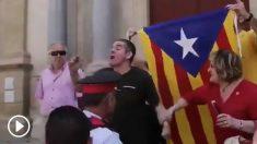 Independentistas increpan a Inés Arrimadas