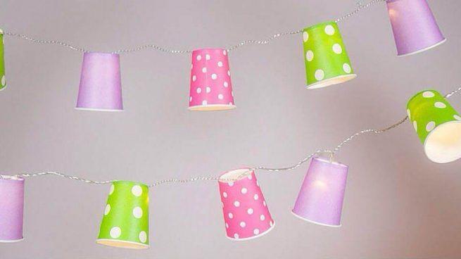 guirnaldas con vasos de papel