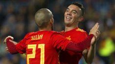 Iago Aspas celebra un gol con Silva. (AFP)