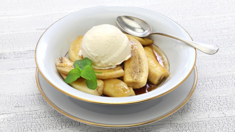 Receta de plátanos flameados con helado de vainilla