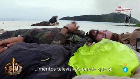 Sergio y Logan siguen despachándose a gusto sobre Raquel en 'Supervivientes'