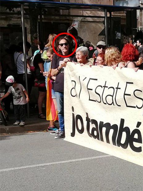 El terrorista de Terra Lliure Fredi Bentanachs en la cabecera de la manifestación de Esplugas