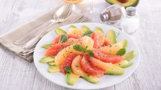 Receta de Ensalada de pomelo y aguacate sana y fácil de preparar
