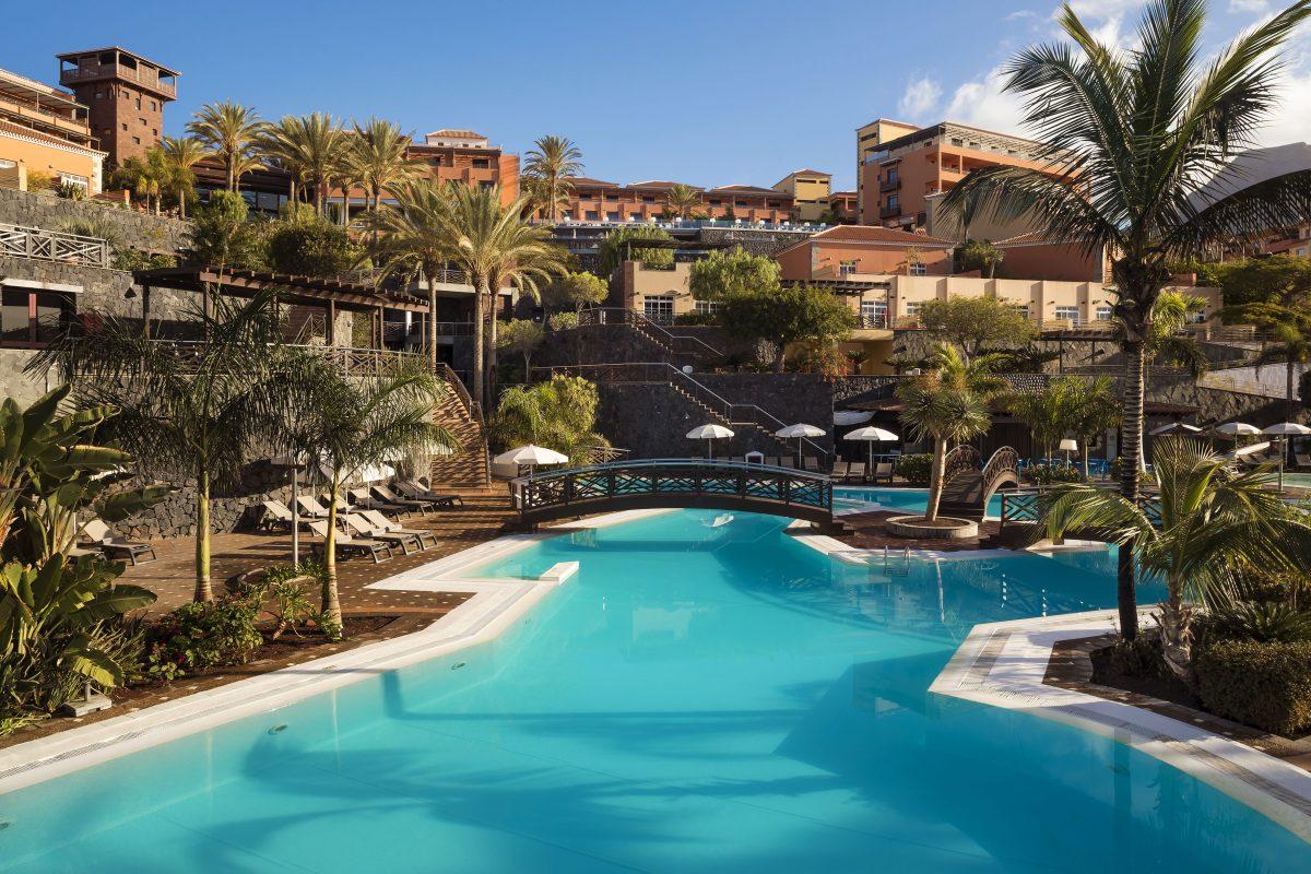 Las mejores vacaciones en tenerife naturaleza sol playas y hoteles meli - Jardines del teide ...