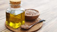 El aceite de linaza procede de la semilla de lino