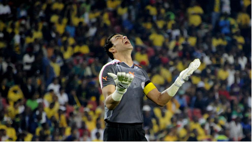 Essam El Hadary, a sus 45 años, puede ser el jugador más veterano en participar en un Mundial. (Getty)