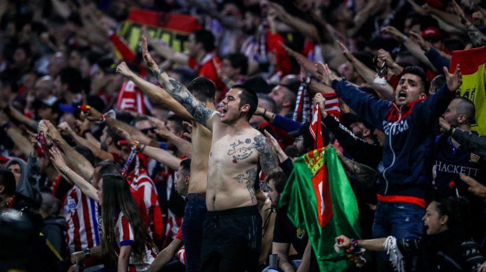 Los aficionados del Atlético durante la final de la Europa League. (Getty)