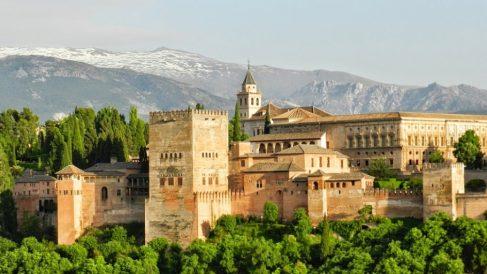 La Alhambra, uno de los símbolos del mundo árabe como el propio Almanzor
