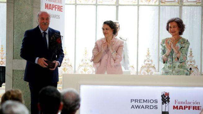 Fundación Mapfre premia a Vicente del Bosque y a otras cuatro entidades por su compromiso solidario