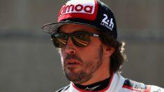 Fernando Alonso, contento con la victoria en Silverstone. (Getty)