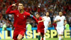 Cristiano celebra un gol contra España. (Getty)