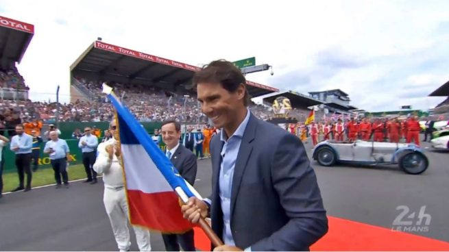 Nadal visitó a Alonso en las 24 horas de Le Mans y dio el banderazo de salida