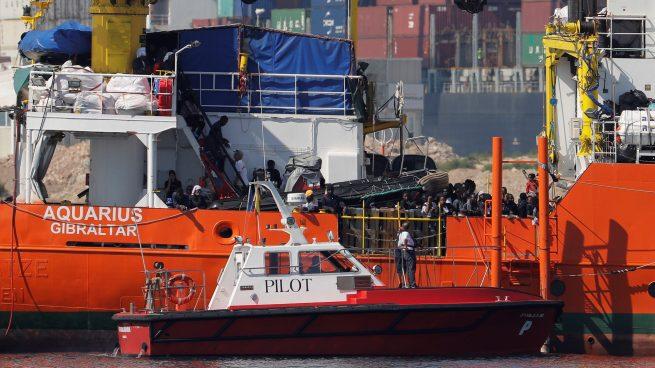 El Aquarius ya en el Puerto de Valencia con 106 inmigrantes a bordo