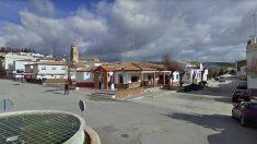 Plaza principal de Guadahortuna (Granada), donde se produjo el suceso.