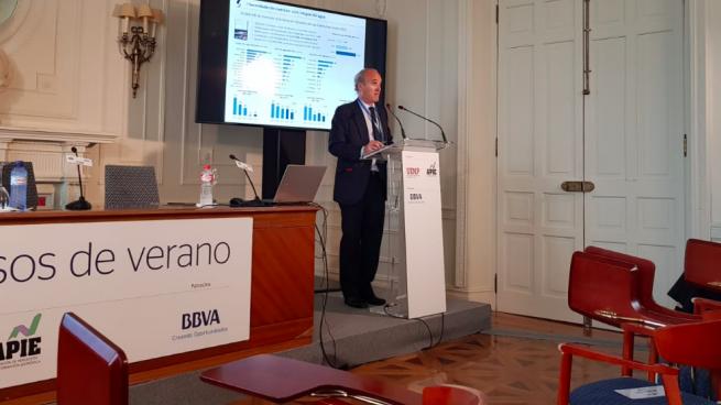 Julián Núñez (Seopan) cree que el Gobierno nos lleva a una vía contraria a Europa en el asunto de los peajes