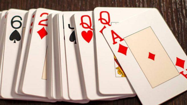 calzado amplia selección super servicio Cómo jugar al solitario con cartas paso a paso