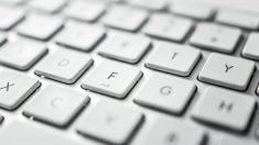 como limpiar el teclado del ordenador pasos