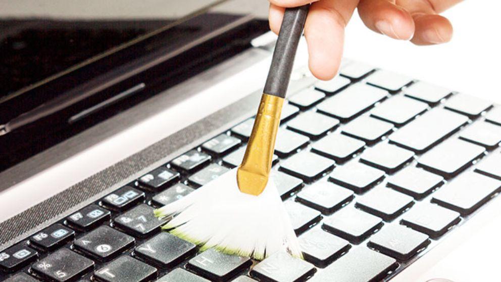 Claves para saber cómo limpiar paso a paso el teclado del ordenador