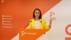 Pilar Vicente, portavoz de Ciudadanos en el Ayuntamiento de Valladolid fue despreciada por Óscar Puente.