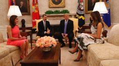 Los Reyes con Donald y Melania Trump (Casa real).