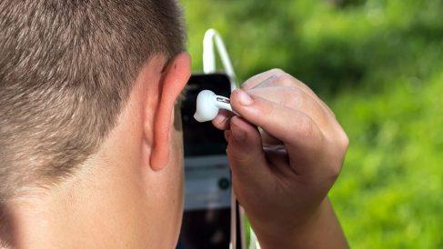 ecos en los oidos