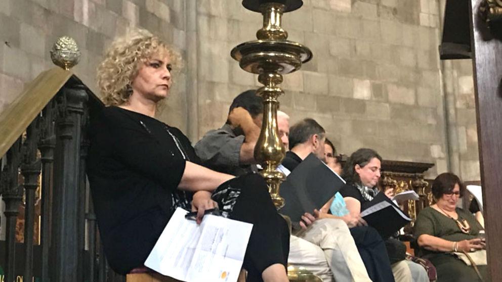 La periodista de Catalunya Radio, Mónica Terribas, en una oración interreligiosa en apoyo a los golpistas encarcelados. (Foto: E-Notícies)