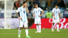 Leo Messi y los jugadores de Argentina se lamentan tras la derrota frente a Croacia. (Getty)   Argentina – Croacia   Mundial 2018 Rusia