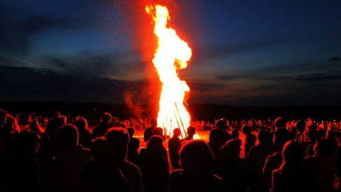 Ritos y tradiciones para celebrar la Noche de San Juan