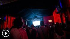 El escenario Sónar Hall con su característico rojo. Foto: Patricia Nieto