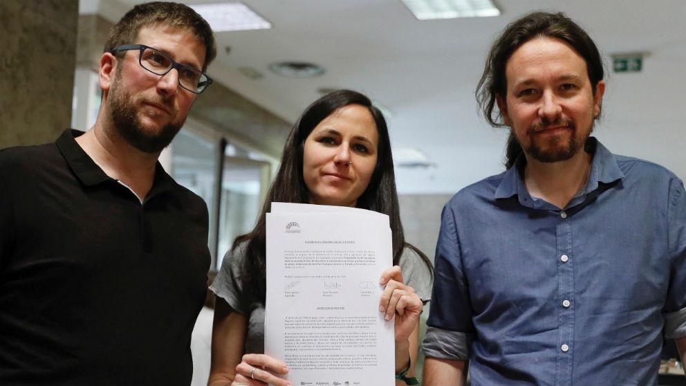 Pablo Iglesias, Ione Belarra y Miguel Urbán, en el Congreso de los Diputados.