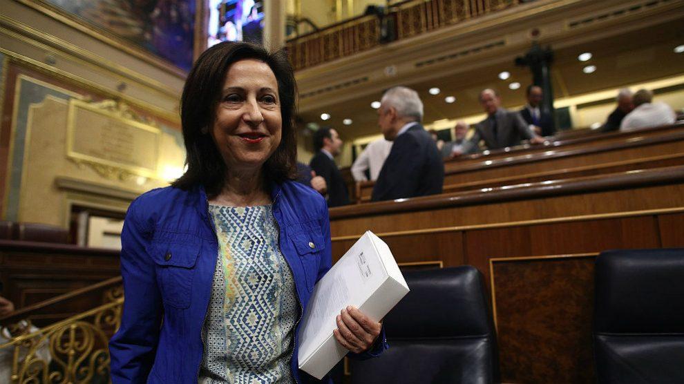 Margarita Robles, ministra de Defensa, en el Congreso. (EP)