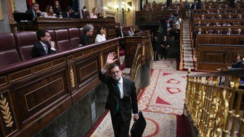 La imagen 'Adiós, Rajoy', de Daniel Gago, premio a la fotografía del año en el Parlamento. (D. Gago)
