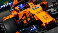 Fernando Alonso está mandando mensajes muy similares a los de su última temporada en Ferrari, dejando claro que no descarta un hipotético cambio de equipo para 2019. (Getty)