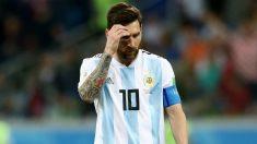 Messi, cabizbajo durante el partido ante Croacia. (Getty)