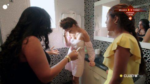 La Rebe y sus primas con un test de embarazo en los 'Gipsy Kings'