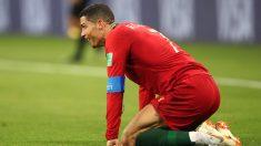 Cristiano se lamenta en un lance del partido (Getty).