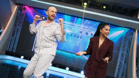 """Becky G, bailando """"Sin pijama"""" en 'El Hormiguero'"""