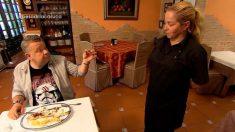 Chicote prueba los platos de «La Casuca» en 'Pesadilla en la cocina'