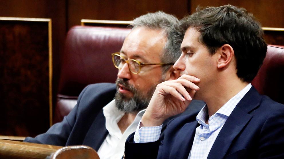 Albert Rivera y Juan Carlos Girauta. (Foto: EFE)