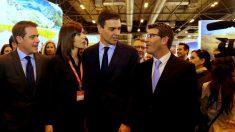 El presidente de la Diputación de Valencia, Jorge Rodríguez, junto a Pedro Sánchez