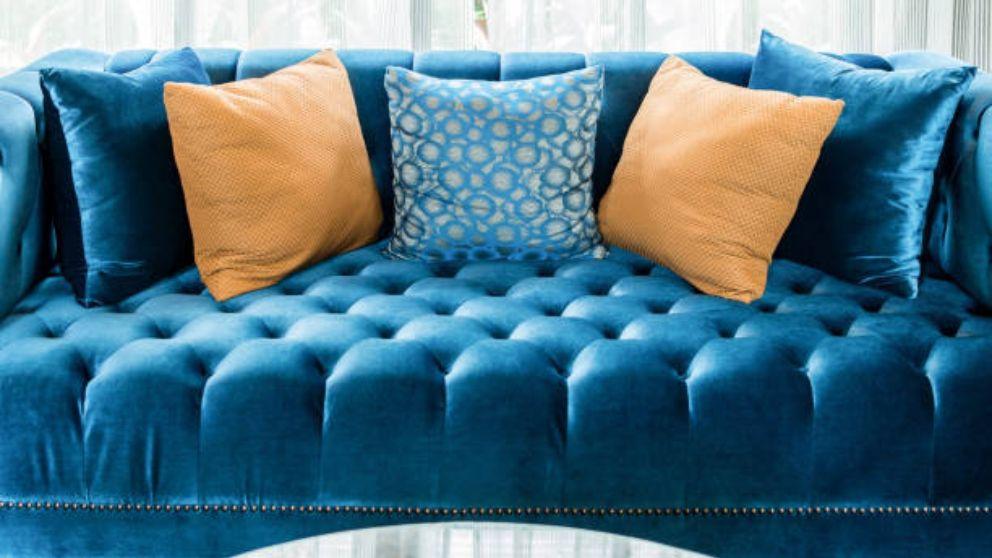 C mo limpiar un sof de terciopelo paso a paso - Como limpiar un sofa ...