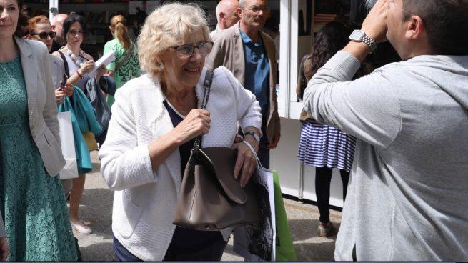 Carmena da otros 26.400€ a dedo a afines a Podemos por contratos artísticos