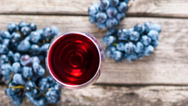 Receta de cerezas salteadas con vino tinto
