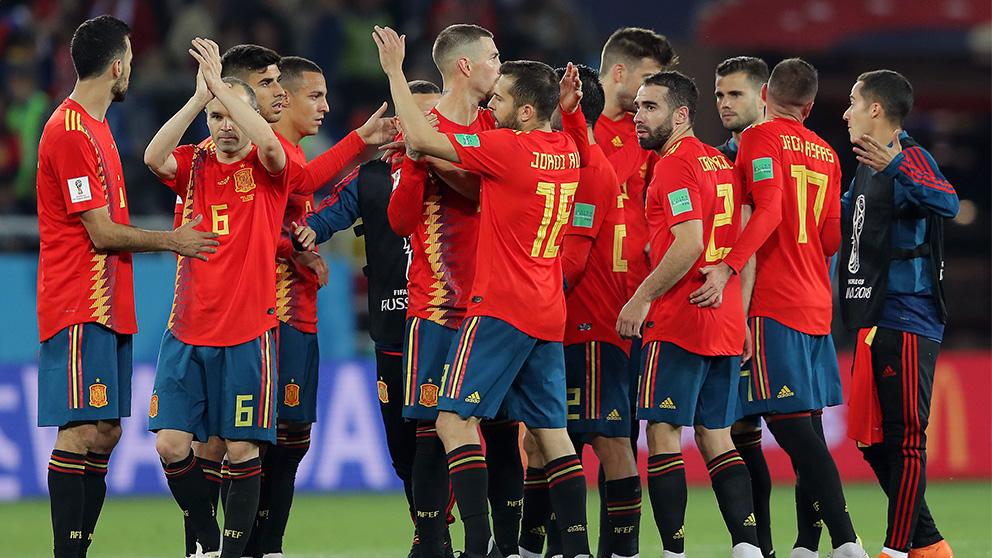 España se juega el pase a cuartos contra Rusia en Moscú.
