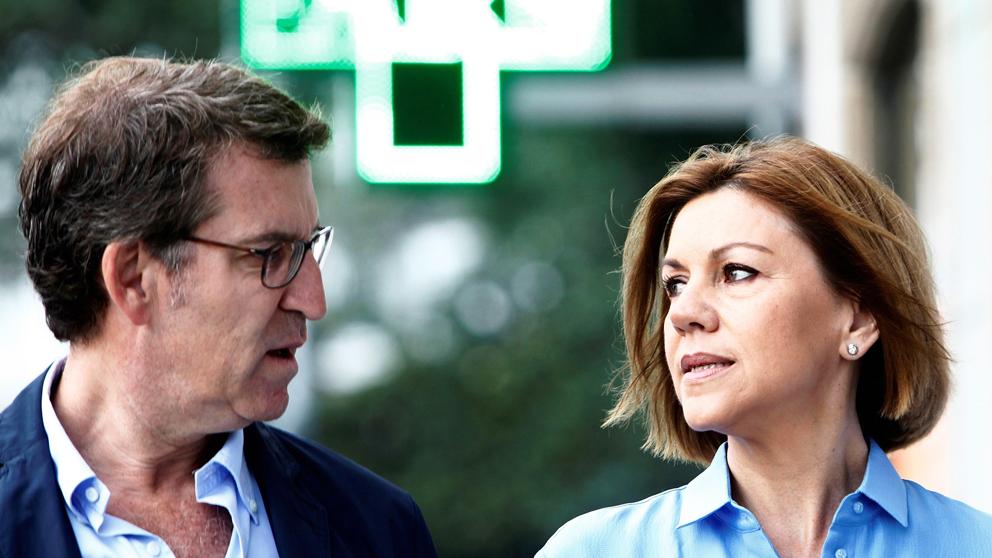 Alberto Núñez Feijóo y María Dolores de Cospedal. (Foto: EFE)