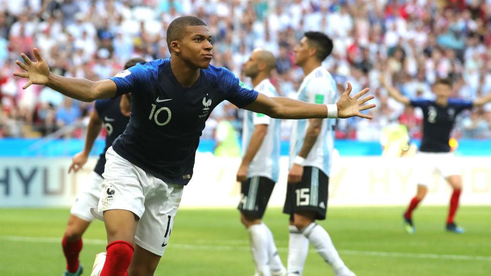 Mbappé celebra su gol ante Argentina. (Getty)