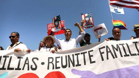Manifestación en Nueva York contra la separación de las familias inmigrantes (Foto: AFP).