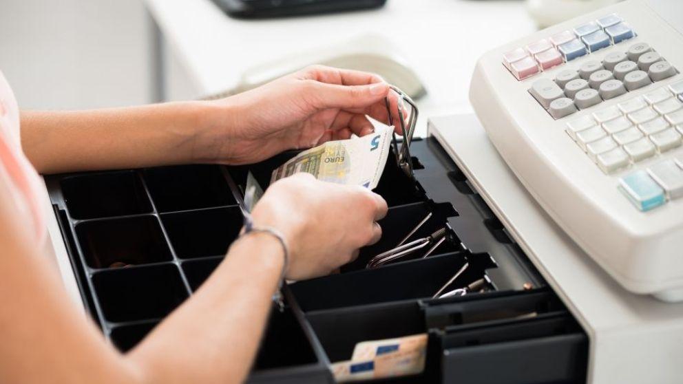 Aprende paso a paso, cómo funciona una caja registradora