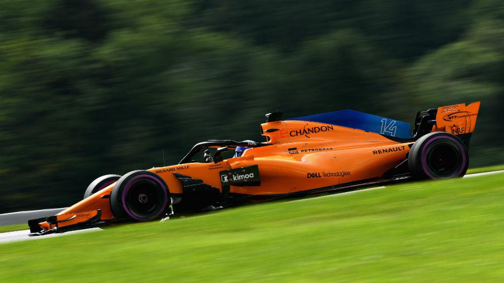 Fernando Alonso comenzará el GP de Austria de Fórmula 1 desde el pit lane al tener que equipar un alerón delantero diferente al usado ayer en la clasificación. (Getty)